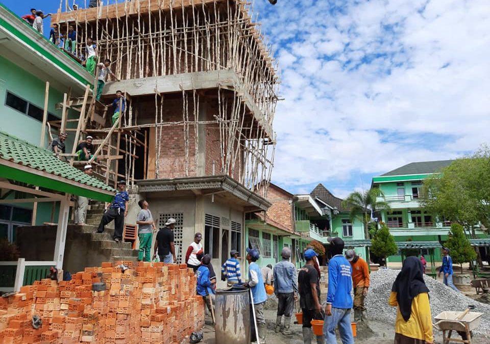 Tradisi Gotong Royong Ngecor di Sabilul Hasanah